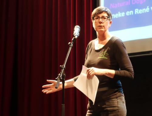 Ineke geeft presentatie tijdens Pitchbijeenkomst StartToGrow